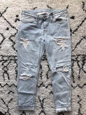H&M Cropped Boyfriend Jeans Größe 29