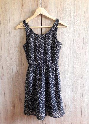 H&M Cut out Muster Kleid schwarz weiß Gr. 36