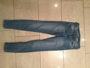 H&M Denim low waisted super skinny Hose