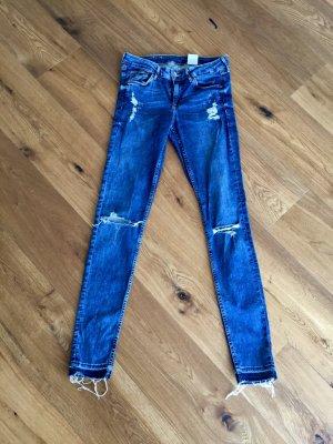 H&M destroyed Jeans Skinny 28