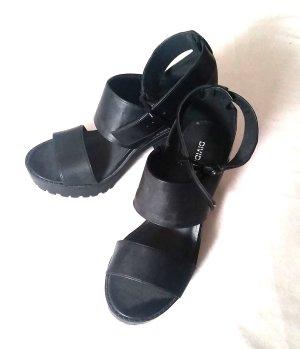 H&M Devided Blockabsatz Plateau Sandalen Schuhe schwarz Gr. 39