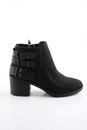 H&M Divided Ankle Boots black animal pattern casual look