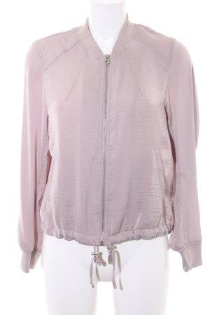 H&M Divided Blouson blasslila Street-Fashion-Look