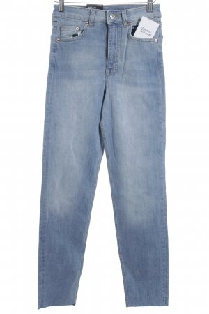 H&M Divided High Waist Jeans kornblumenblau Street-Fashion-Look
