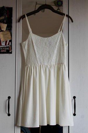 H&M Divided Kleid mit Spitze