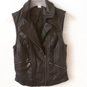 H&M Divided Leather Vest - 34