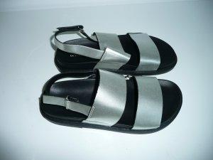 H&M Divided Sandalias de tiras color plata
