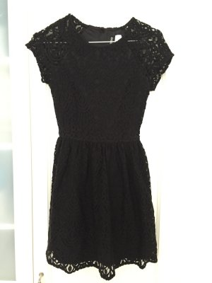 H&M Divided Lace Dress black
