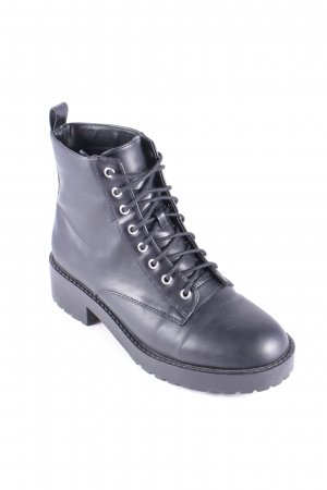 H&M Divided Schnür-Stiefeletten schwarz Rockabilly-Look