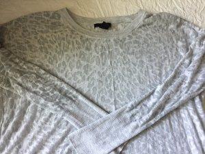 H&M dünner grauer Pullover mit leichtem Leo-Muster - Größe S!