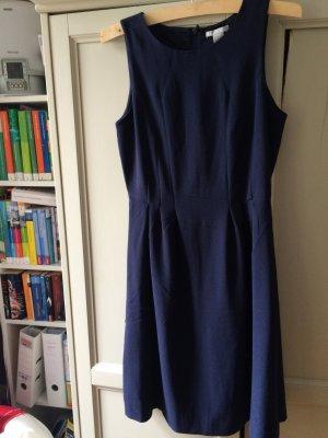 H&M dunkel blaues Kleid