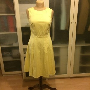 H M Midi Dresses At Reasonable Prices Secondhand Prelved