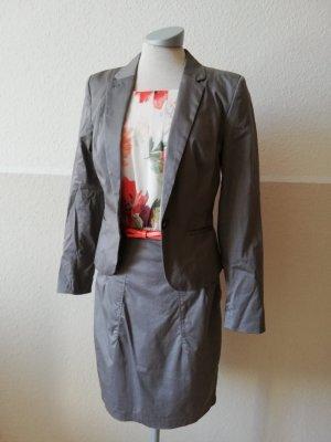 H&M Etuikleid mit Blazer grau weiß orange Gr. 36 S Chiffon 2- teilig Kostüm Gürtel
