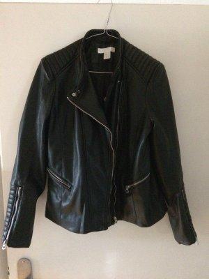 H&M Fake Lederjacke Gr. 40 fällt wie 38 aus