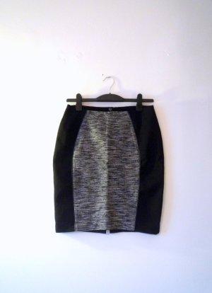 H&M *Figurschmeichler* Mini-Rock schwarz & grau-meliert, Gr. 40