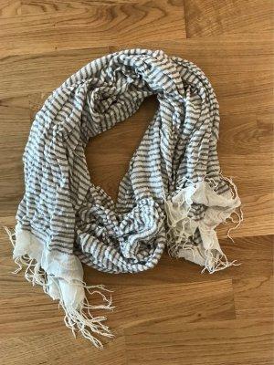 H&M gestreifter Schal, grau/ weiss