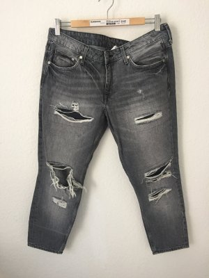 H&M Girlfriend Jeans Destroyed Grau
