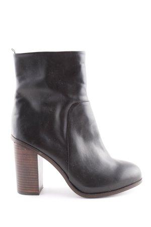 H&M Buskins black casual look