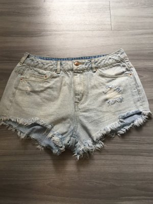 H&M hellblaue High-Waist-Shorts 38