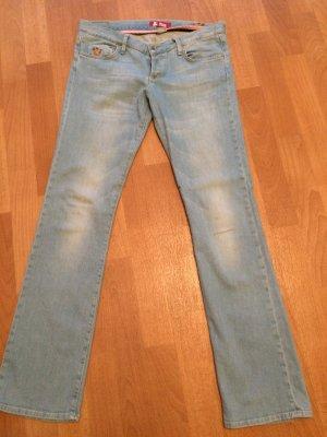 H&M hellblaue Jeans, nie getragen