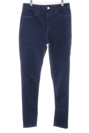 H&M Vaquero de talle alto azul oscuro look casual