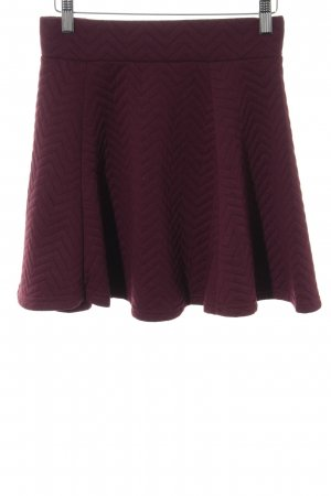 H&M High Waist Skirt purple zigzag pattern casual look
