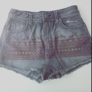 H&M High Waist Short