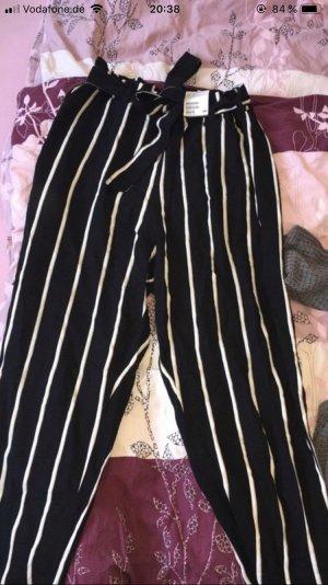 H&M Pantalón de campana negro-blanco