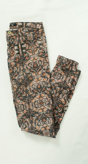 H&M Hose mit Muster Röhrenhose Braun Röhrenjeans
