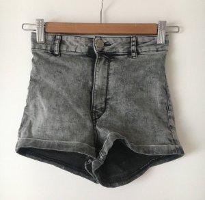 H&M Hotpants grau Highwaist wie neu 32 34