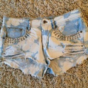 H&M Hotpants / Shorts / Hose Used Look Gr.40 mit Steinen verziert!
