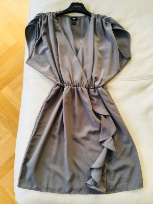 ** H&M in glänzendem grau Tunika Kleid Mini **