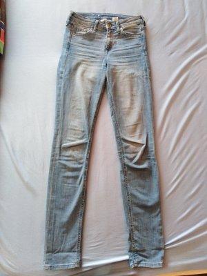 H&M Slim jeans lichtblauw