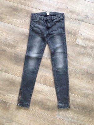 H&M Jeans Gr.26 schwarz