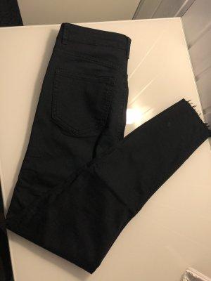 H&M Vaquero de talle alto negro