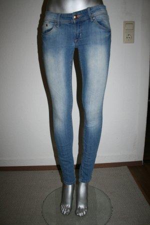 H&M Jeans Super Skinny Super Low Waist Gr. 27/30