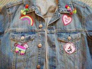 H&M Jeansjacke Jeans denim Customized Patches Aufnäher Applikation 38