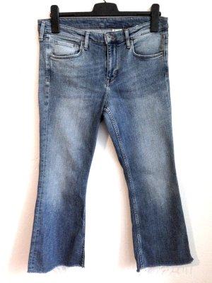 H&M Kick Flare Jeans, Weite 30, passt Gr. 40/42