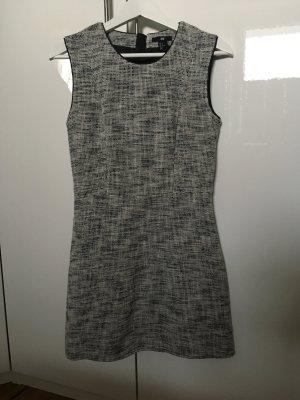 H&M Kleid aus festem Stoff in 38/M