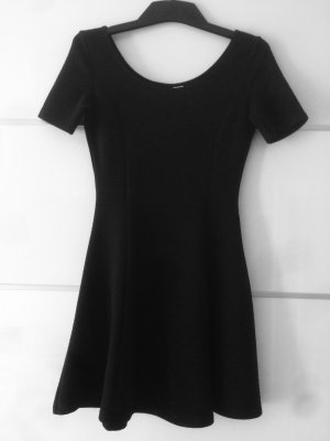 H&M Kleid in schwarz