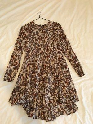 H&M Kleid langärmlig braun beige 38 tellerrock