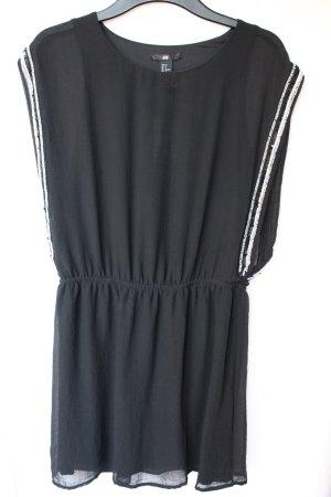 H&M Kleid mit Pailettenverzierung