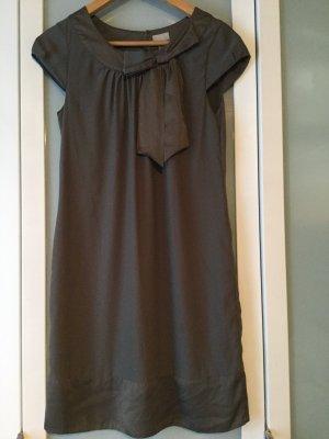 H&M - Kleid mit Schleifendetail