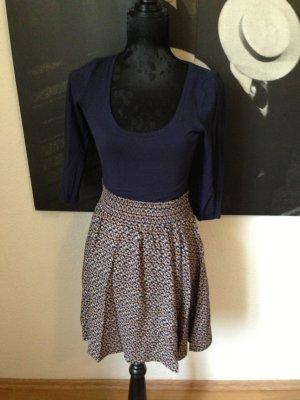 H&M Kleid mit weitem Rock Gr 34 top Zustand