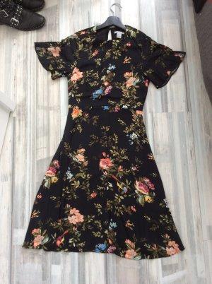 H&M Kleid nie getragen