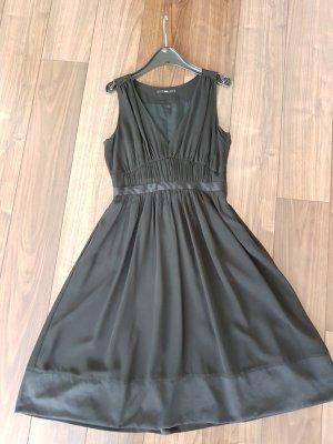 H&M Kleid schwarz; schlicht und elegant