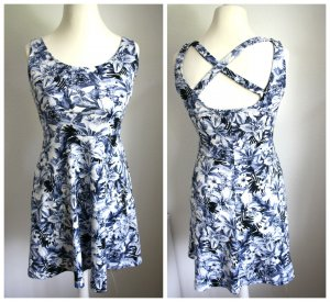 H&M Kleid Sommerkleid geblümt