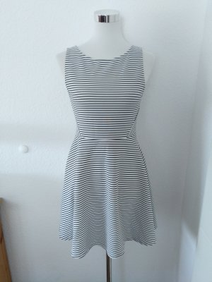 Woman Collection H&M Empire Dress white-black
