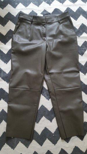 H&M Kunstleder-Hose 42 Olivgrün Khaki schmal geschnitten high waist? NEU