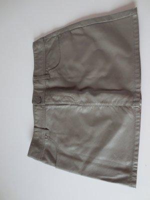 H+M, Kunstlederrock, grau/beige, Gr. 36